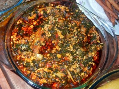 Ghanaian Food: How to make Kontomire Stew (Details)