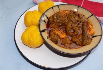 Nigerian Food: How to make Banga Soup/Stew (Details + Photos)